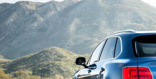 """Ce Bentayga, marqué du sigle """"D"""", embarque le même moteur V8 que l'Audi Sq7, son cousin dans la galaxie technique Volkswagen."""
