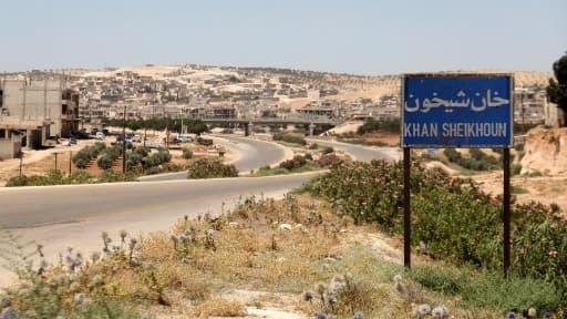 L'entrée de la ville de Khan Cheikhoun