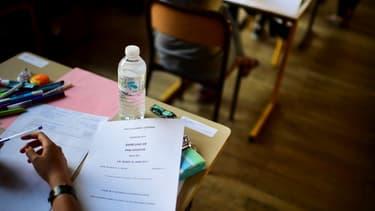 Un lycéen pendant une épreuve du baccalauréat en juin 2017 (photo d'illustration)