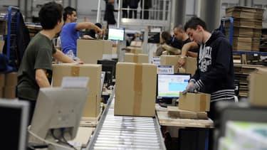 Cdiscount livre à domicile le jour même les objets volumineux de plus de 30kg, dès lors que la commande en ligne est passée avant 14 heures.