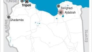UNE BASE AUX MAINS DES REBELLES BOMBARDÉE EN LIBYE