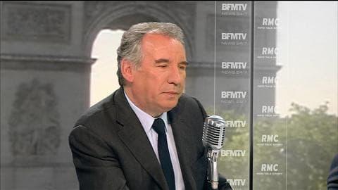 """François Bayrou confirme sur BFMTV et RMC échanger parfois en latin par SMS avec Alain Juppé. """"Cela nous fait rire"""", dit le maire de Pau en souriant. """"Dire en latin 'in medius stat virtus' (c'est au centre que se trouve le courage), cela peut"""