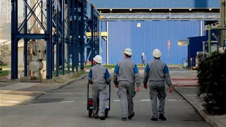 Le nombre d'emplois intérimaires a progressé de 1,3% au mois de juin en France, pour s'établir à 601.700. Sur un an, sa hausse atteint 24,8%, avec 119.500 intérimaires de plus qu'à fin juin 2009. /Photo d'archives/REUTERS
