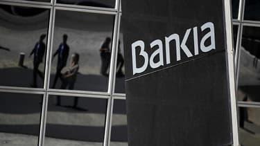 Bankia est visé par les déclarations du gouverneur de la Banque d'Espagne.