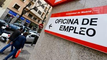 Le chômage espagnol est passé sous les 25% au deuxième trimestre mais reste l'un des plus élevés d'Europe