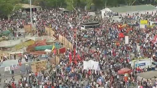 La place Taksim, où toute manifestation qui se respecte doit passer. Le Premier ministre Erdogan voudrait y construire une mosquée.