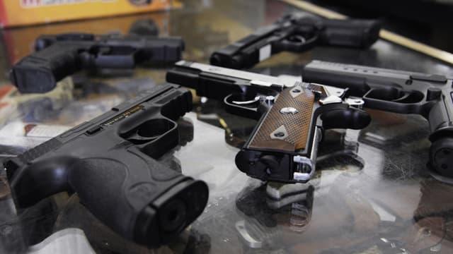 Des armes (image d'illustration)