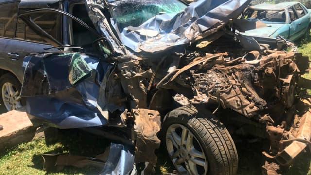 Le SUV de David Rudisha après une collision avec un bus au Kenya