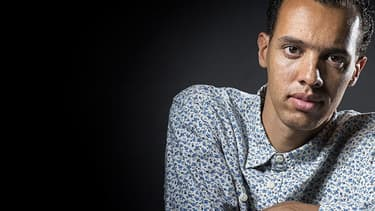 L'écrivain franco-rwandais Gaël Faye figure dans la dernière sélection pour le Goncourt. Il est en lice pour plusieurs autres prix littéraires.
