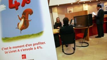 Selon une étude, 7 Français sur 10 se disent moins satisfaits que l'an dernier avec leur épargne. En cause, des taux peu intéressants, qui incitent à chercher des solutions alternatives, notamment à l'assurance vie et au Livret A.