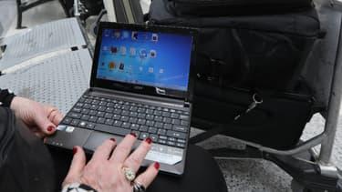Les ordinateurs restent autorisés à bord des vols