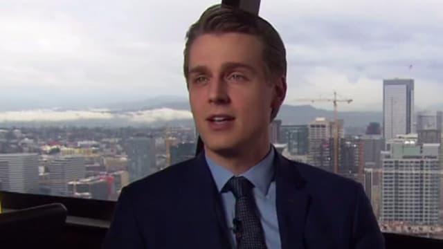 """L'Américain Brayden Olson, 27 ans, ressemble fortement au personnage de Christian Grey dans le film """"Cinquante nuances de Grey""""."""