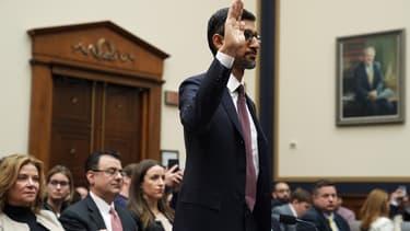 """Devant le Congrès, Sundar Pichai, PDG de Google, a juré que le moteur de recherche ne """"biaise"""" pas les résultats des recherches"""