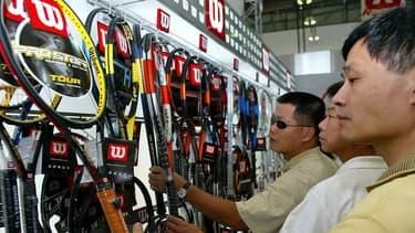 La marque Wilson de raquettes de tennis devient la propriété du groupe chinois Anta Sports.
