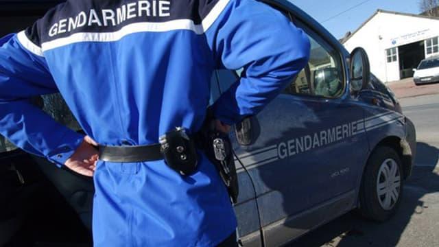 Les gendarmes ont interpellé le suspect quelques minutes après les faits.