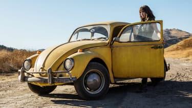 D'abord Coccinelle devenue Camaro, le personnage de Bumblebee redevient une Coccinelle Volkswagen dans le spin-off éponyme, qui sortira au cinéma le 26 décembre.