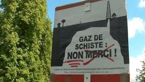 L'exploitation du gaz de schiste reste très contestée par les militants écologistes.
