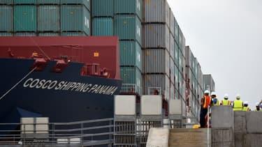 Le FMI et l'OMC appellent à atténuer les effets négatifs du commerce mondial.