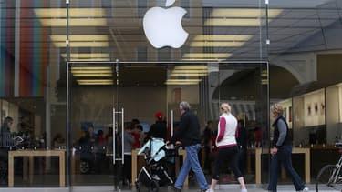 Les grands Apple Store américains ne distribuent plus les accessoires connectés de Jawbone et même de Nike, un partenaire historique du groupe californien.