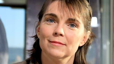 Fatiguée de repousser les avances du député UMP Patrick Balkany, l'ex-championne de Judo, Marie-Claire Restoux, ne veut plus être sa suppléante.