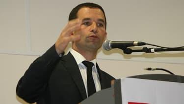 Benoît Hamon présente son projet de loi sur l'économie sociale et solidaire en Conseil des ministres, mercredi 24 juillet.
