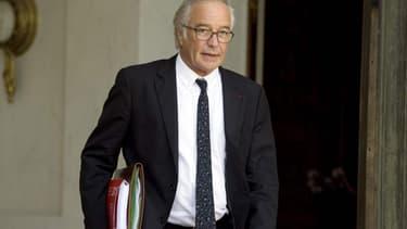 François Rebsamen n'est pas favorable à un alourdissement de la taxe d'habitation pour certaines résidences secondaires