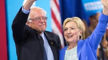 Bernie Sanders et Hillary Clinton dans le New Hampshire le 12 juillet 2016