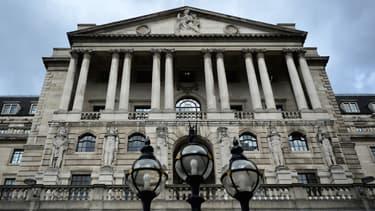 Ce travail devait rester confidentiel. La Banque estime qu'il n'est pas sensé de discuter publiquement du sujet.