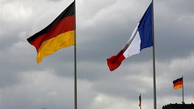 Le gouvernement français s'efforce de minimiser les différends entre Paris et Berlin sur la politique économique menée par la France face à des responsables allemands qui ne cachent plus leur inquiétude sur l'absence de réformes structurelles. Paris met p