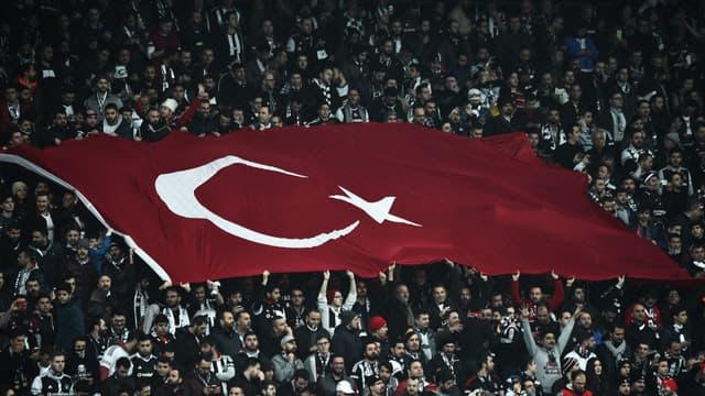 Les supporters du Besiktas sont prêts à suivre leur équipe au Parc OL pour les quarts de Ligue Europa.