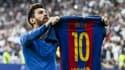 Lionel Messi montre son maillot à Madrid, en 2017