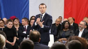 Emmanuel Macron lors du débat à Evry-Courcouronnes le 4 février 2019.