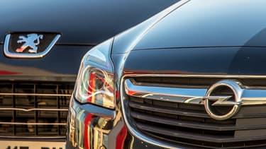 PSA bénéficie des bonnes performances de Peugeot, mais aussi de l'intégration d'Opel dans ses chiffres.