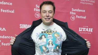 Elon Musk, le patron de Tesla, n'est pas tendre avec Apple, son futur rival dans l'automobile.