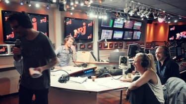 NRJ retrouve le rang de première radio de France que RTL a brièvement occupé de septembre à mars