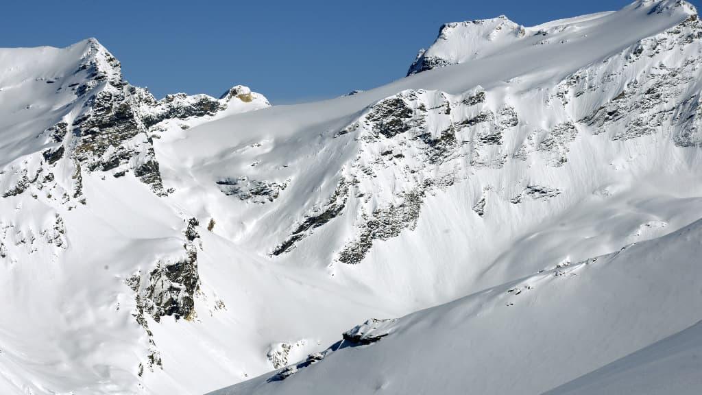 Hautes-Alpes: une avalanche fait trois morts à Villar-d'Arène