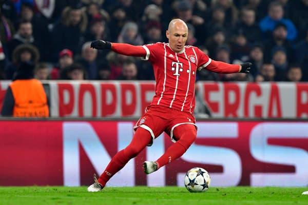 Arjen Robben qui repique au centre balle au pied, l'enchaînement signature du Néerlandais, avec le Bayern Munich en février 2018