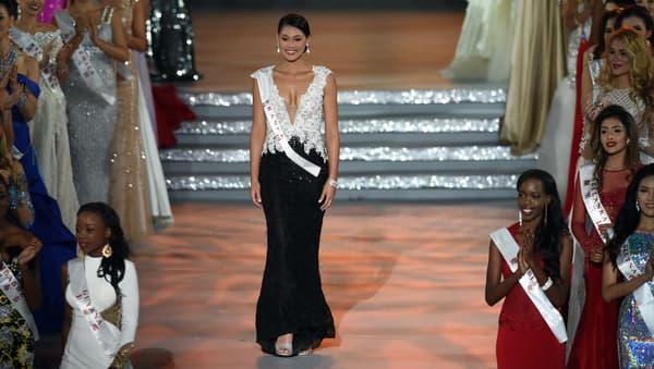 Hinarere Taputu lors de l'élection de Miss Monde 2015