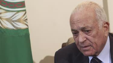 Nabil Elarabi, secrétaire général de La ligue arabe. Réunis dimanche au Caire, les ministres des Affaires étrangères de la Ligue arabe ont examiné un projet de résolution demandant l'envoi de casques bleus de l'Onu en Syrie et un renforcement des sanction