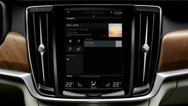Le constructeur Volvo a annoncé que certains nouveaux modèles embarqueraient de série la plateforme de streaming musical Spotify.