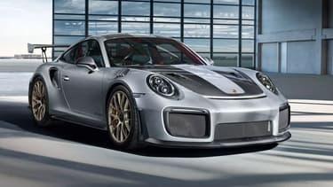 Quatre exemplaires de la 911 GT2 RS étaient à bord. La marque allemande va devoir redémarrer la production de ce modèle après l'avoir arrêtée en février.