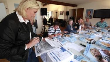 Siège de campagne de Marine Le Pen, à Hénin-Beaumont, en vue des élections législatives. La présidente du FN comparaîtra le 11 octobre devant le tribunal correctionnel de Béthune, où elle répondra des faux tracts distribués qui mettaient en cause Jean-Luc