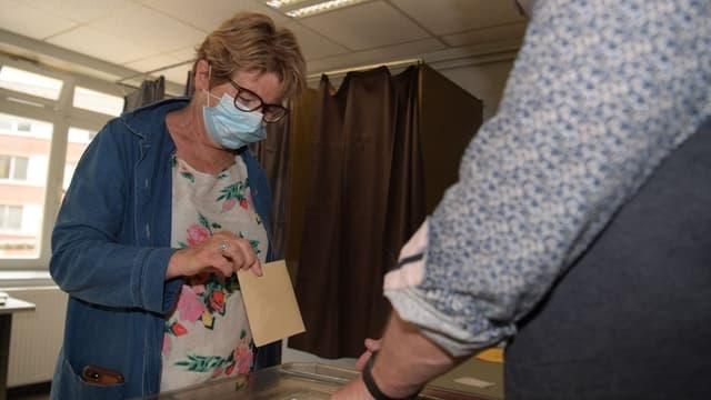 Marie-Guite Dufay au second tour des élections régionales, le 27 juin 2021.
