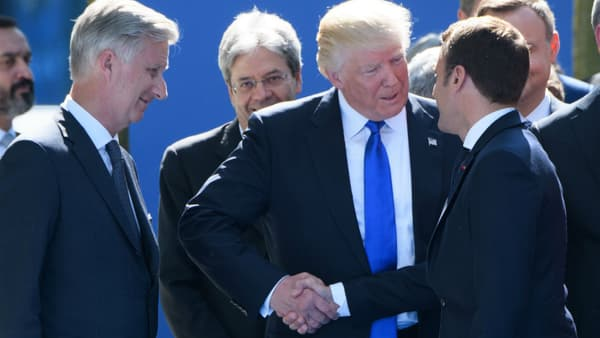 La seconde poignée de main entre Donald Trump et Emmanuel Macron