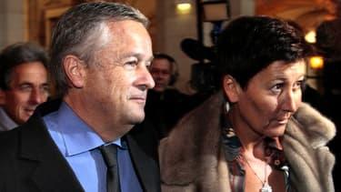 Jean-Marie Messier et sa compagne avant une audience, le 21 janvier 2011.