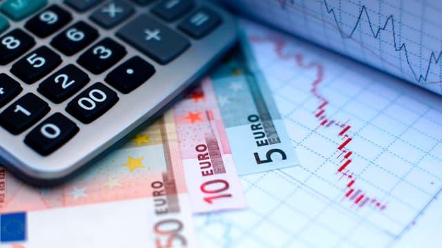 Des députés PS propose de passer le taux de TVA normal de 20% à 20,5%.