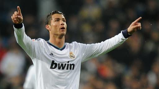 Cristiano Ronaldo marque pour le Real Madrid.