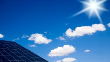 Le Top Ten en termes d'investissements dans les énergies renouvelables:: Chine, Brésil, Afrique du Sud, Inde, Chili, Uruguay, Kenya, Mexique, Indonésie, Ouganda selon le Climatescope 2014 de Bloomberg New Energy Finance