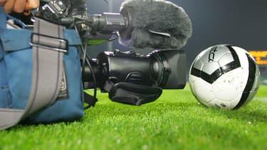 Canal Plus a accepté de diffuser le match du samedi après-midi sur sa chaîne premium.