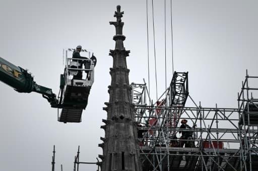 Opération de démontage de l'échafaudage engagée à Notre-Dame le 8 juin 2020